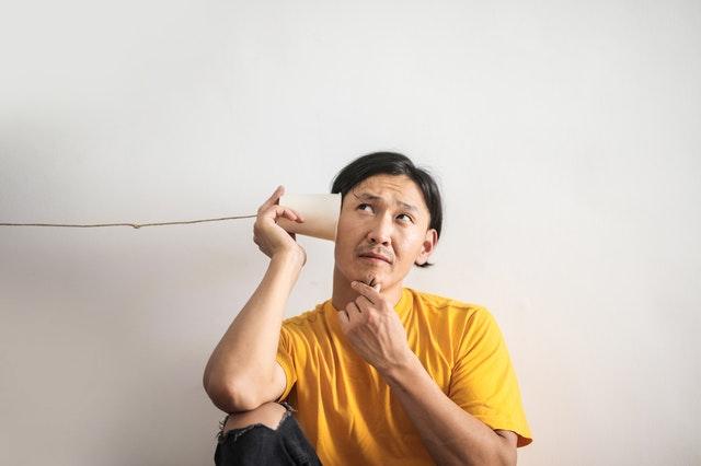 Klarer sig med høretab: Fordelene ved et høreapparat fra København